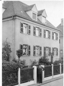 Hermann Raab (Rudi's grandfather) in front of his house in Leipzig in 1937.